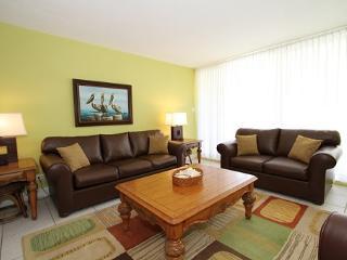 Bchfrnt Beauty Sleeps 6 - #27 Harbour Heights 7MB - Cayman Islands vacation rentals