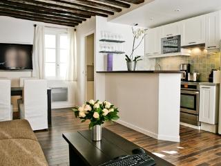 Apartment Marais holiday vacation apartment rental france, paris, 3rd arrondissement, marais district neighborhood, parisian apa - 3rd Arrondissement Temple vacation rentals