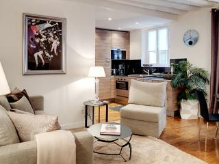 Apartment Gravilliers holiday vacation apartment rental france, paris, 3rd arrondissement, le marais district neighborhood, pari - 3rd Arrondissement Temple vacation rentals