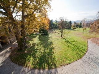 8 bedroom Villa with Garden in Pieve di Soligo - Pieve di Soligo vacation rentals