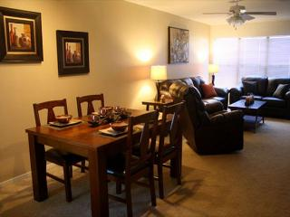1st Floor 2 Bedroom with easy Access, Newly Furnished and Mountain Views!!! - Tucson vacation rentals