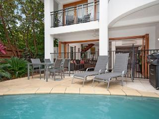 Villa 8 Templemoon - A relaxing haven. - Port Douglas vacation rentals