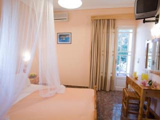 Double room-studio, garden view, Pansion Filoxenia - Lefkas vacation rentals