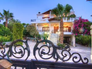 4 bedroom Villa with Internet Access in Rethymnon Prefecture - Rethymnon Prefecture vacation rentals