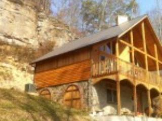 Exterior View - Wine Cellar - Slade - rentals