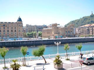 Kursaal I - San Sebastian - Donostia vacation rentals