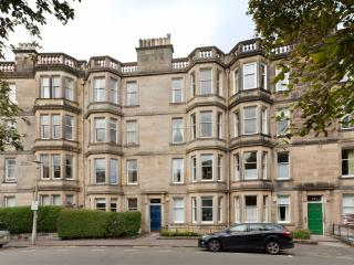 Lovely Condo with Internet Access and Central Heating - Edinburgh vacation rentals