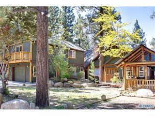 Sleeps 35, hottub, sauna, pool table, close to all - Big Bear City vacation rentals
