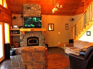 3 bedroom Cottage with Deck in Huntsville - Huntsville vacation rentals