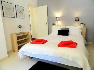 Cecilio Terrace I - Lisbon vacation rentals