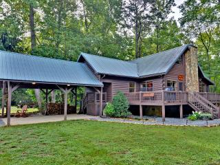 Gorgeous Creek Front Cabin w/ pond in Nat. Forest - Blue Ridge vacation rentals