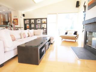 Venice Luxury: Overlooking the Canals - Culver City vacation rentals