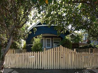 4 bedroom Beach Bungalow Duplex, 2 blocks to beach - Venice Beach vacation rentals