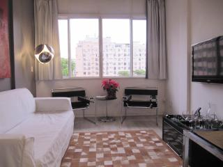 Comfortable And Affordable Two Bedroom Apartment In Copacabana - #42 - Rio de Janeiro vacation rentals