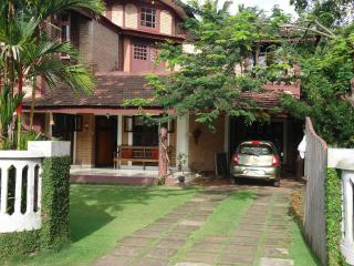 2 bedroom Bed and Breakfast with Internet Access in Alappuzha - Alappuzha vacation rentals
