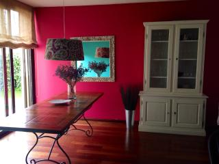 Lovely Villa with Deck and Internet Access - Barcelona vacation rentals