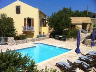 Amigdalospito a Kefalonian Mansion near Fiscardo - Ionian Islands vacation rentals