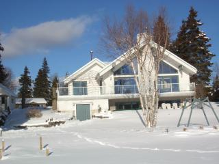 Luxurious Lakefront Chalet, Near Mont Ste-Anne & Le Massif Resorts - Quebec vacation rentals