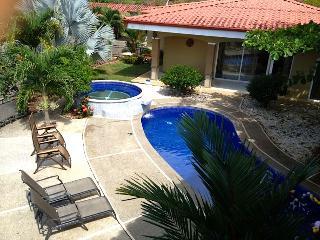 10BR Villa Los Amigos - Private Bus & Driver - Jaco vacation rentals