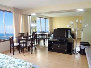 Beautiful Oceanview Studio Apt - Honolulu vacation rentals