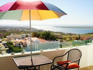 PH1 Alttus Palmira - La Paz vacation rentals