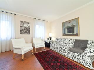 Casa Costanza - Lucca vacation rentals