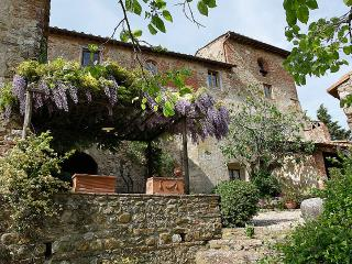 Tuscan Country house in the chianti area with pool - Chianti vacation rentals