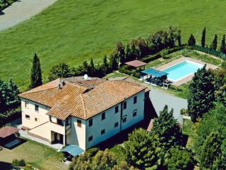 Agriturismo Casa Rossa - Lavanda - Peccioli vacation rentals