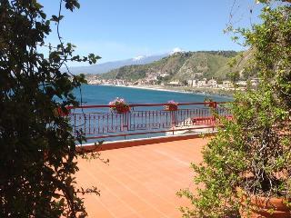 Taormina ,Apartment on the Sea , Pool , Sicily - Taormina vacation rentals