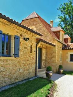 Beautiful Villa with private pool - Image 1 - France - rentals