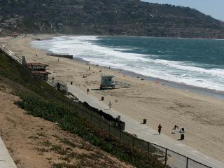 CALIFORNIA LIVING AT ITS BEST BY THE BEACH!! - Redondo Beach vacation rentals