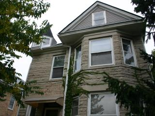Rogers Park/ Edgewater 2BR near Loyola University - Illinois vacation rentals
