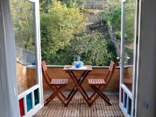 Blue apartment in a historical Kuzguncuk House - Istanbul vacation rentals
