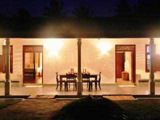 Villa Balapitiya Beach - Balapitiya vacation rentals