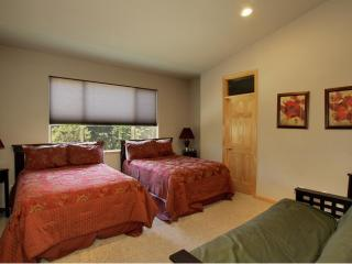 TOPPEWETAH, 6 Bdm Lodge ,Sauna, Steam Room, Wifi - South Lake Tahoe vacation rentals