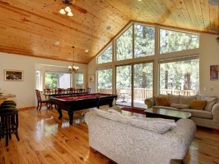 TURNBACK 5-7 Mins fm Town.Hot Tub.Air Hockey.WiFi - South Lake Tahoe vacation rentals