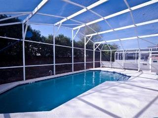 4 BEDR, 3 BATH WITH PRIVATE POOL, CLOSE TO DISNEY - Disney vacation rentals