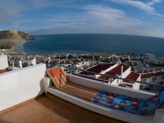 Casa Cian - Luxury 8th Floor Apt 270° Sea Views - Luz vacation rentals