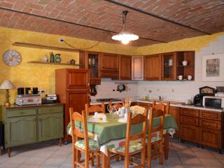 Self-contained studio apt in Langhe Country House - Neive vacation rentals