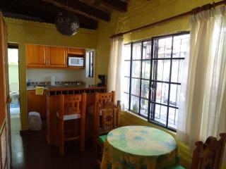 Romantic 1 bedroom Cabin in Ajijic with Internet Access - Ajijic vacation rentals