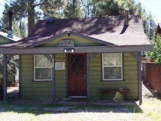 Adorable 1 bedroom House in Big Bear City with Deck - Big Bear City vacation rentals