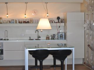 Basel Tower Apartment - Old North Tel Aviv - Tel Aviv vacation rentals