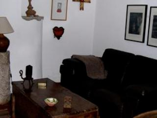 CLASSIC PORTUGUESE HOUSE - LISBON ATLANTIC COAST - Colares vacation rentals