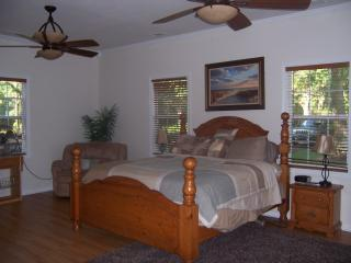 Coastal Cottage Off the Beaten Path The Chum Shack - Shellman Bluff vacation rentals