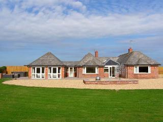 LOWER LODGE all ground floor, luxury, high quality fittings in Alberbury Ref 29336 - Shropshire vacation rentals