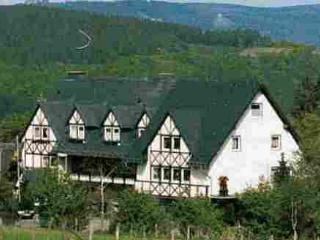 Vacation Apartment in Bestwig - natural, quiet, comfortable (# 4380) - Mohnesee vacation rentals