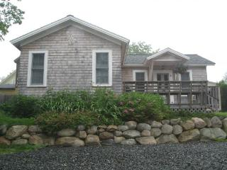 Bright House with Internet Access and Television - Northeast Harbor vacation rentals