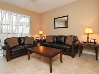 3 Bed 3 Bath Town House Near Disney with Splash Pool. - Disney vacation rentals
