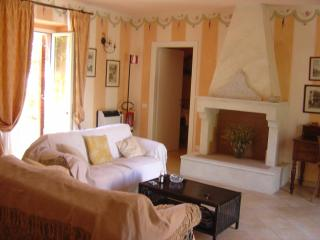 Charming Umbrian Accommodation Villa Sobrano , Todi - Todi vacation rentals