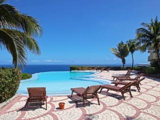 Atlantica Beach Club Condo - Unit 4 *Dawn Beach* - Philipsburg vacation rentals